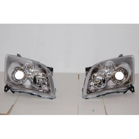 Set Of Headlamps Toyota Avensis 06-08